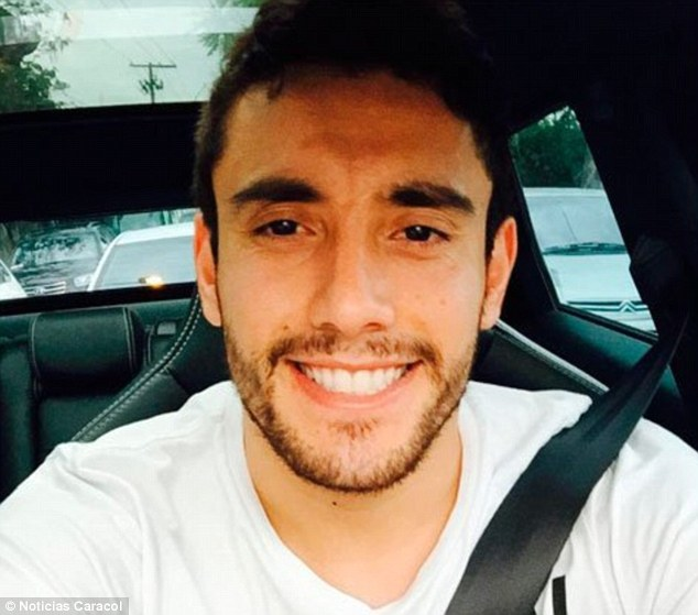 3ad818f000000578-0-there_are_reports_that_27_year_old_defender_alan_ruschel_picture-a-91_1480438696878